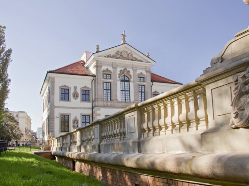 Chopin's Warsaw: Leisure and Culture Guide