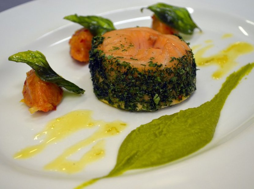 Steamed Salmon with Dried Apricot Chutney Recipe