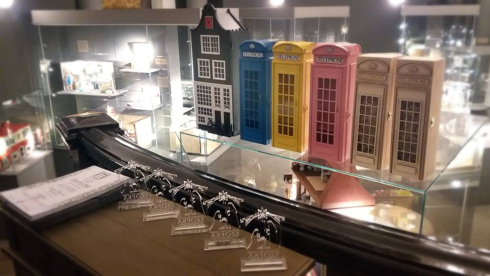 he Dollhouse Museum